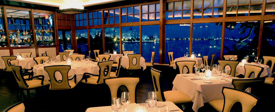 dining restaurant on Grove Isle the private island in Coconut Grove